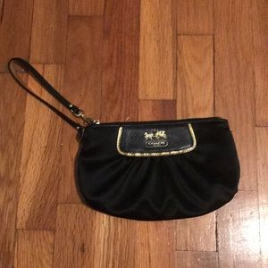 Coach wristlet in perfect condition